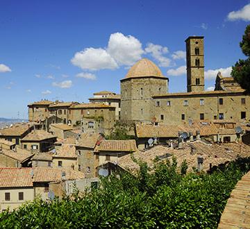 L'Amministrazione Comunale informa che sono state approvate le graduatorie definiti dei servizi educativi di Volterra e Castelnuovo V.C. per l'A.E. 2020/2021.