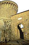 Foto di antica porta medievale: Porta a Selci