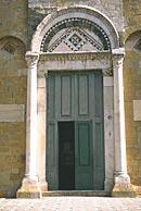 Foto del portale dell'ingresso princiopale del duomo